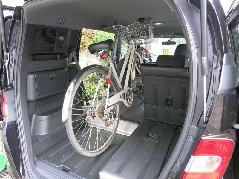 フリードスパイク自転車積み込み